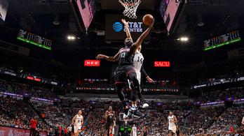 22 hárompontos: szétverték a Spurst a rájátszásban