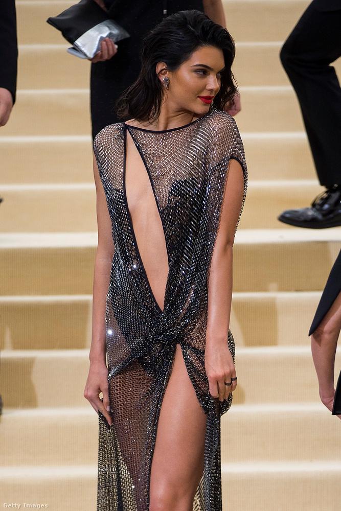 Ha Kendall Jennerre tippeltek, akkor jól tippeltek!