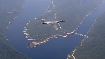Amerikai bombázók gyakorlatoztak Dél-Koreában