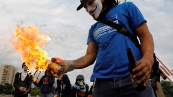 Trükkel vágná ki magát a venezuelai elnök, az ellenzék nem veszi be