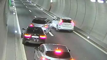 Autópálya-alagútban ájult el kocsijukban egy svájci család