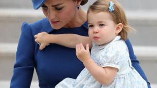 Nézegesse velünk a már 2 éves Charlotte hercegnő eddigi történetét!