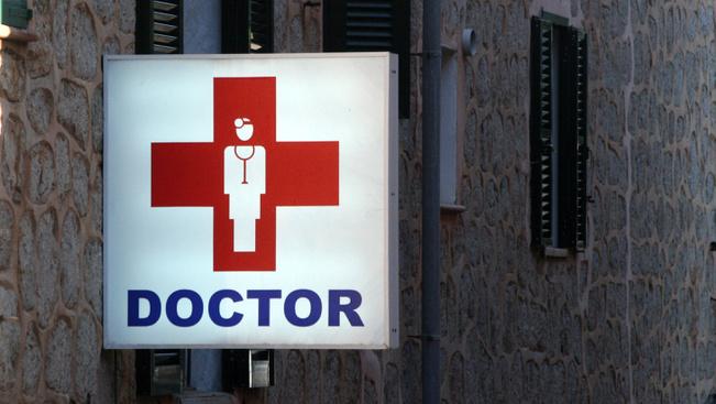 Orvoskereső alkalmazással könnyebb lehet a következő nyaralás