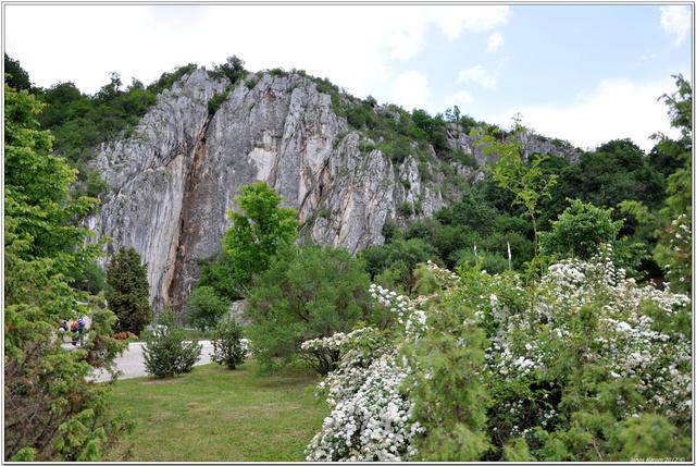 A Baradla-barlang bejárata