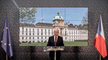 Vállalhatatlan az adócsaló pénzügyminiszter, lemond a cseh kormány