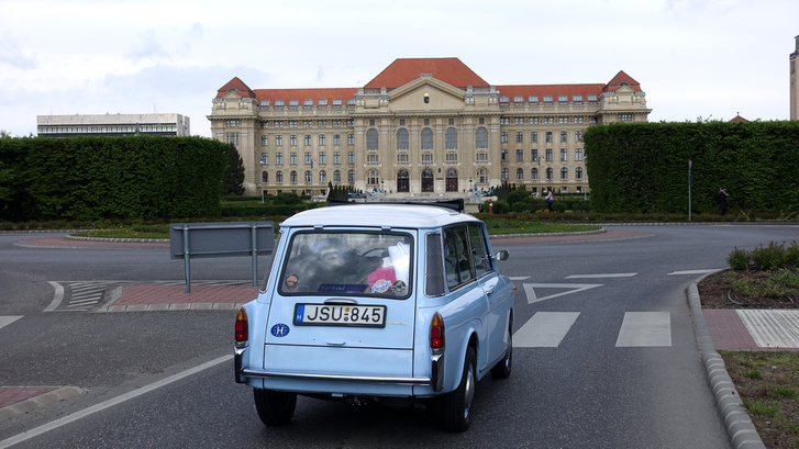 Debrecenben is jártunk vele