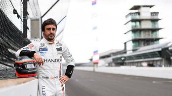 Hagyományos és nagyon feltűnő Alonso Indy-kocsija, meg is tette az első köröket vele