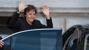 Továbbra sincs gazdagabb brit zenész Paul McCartneynál