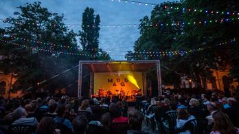Kemény Zsófi, Nádas Péter és Peer Krisztián is fellép a nyári Margó Feszten