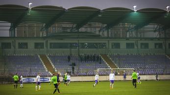 Hiába a 800 milliós fejlesztés, az Újpest Szolnokon fog futballozni
