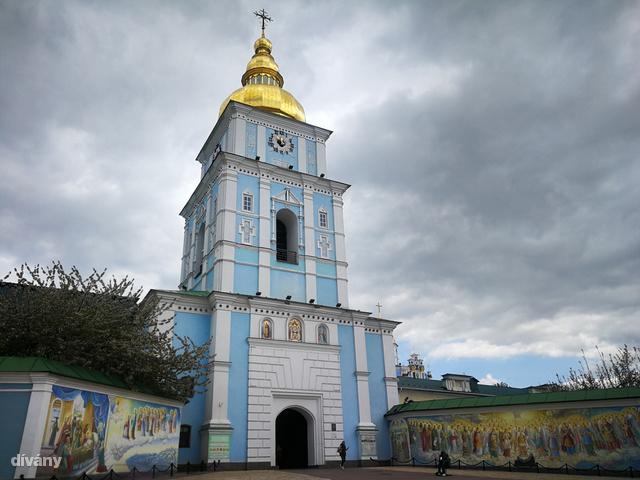 A Szent Mihány-székesegyházat 1930-ban gyakorlatilag teljesen lerombolták.