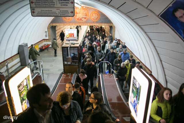 Érdemes lelátogatni a kijevi metróba is.