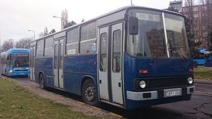 Kiesett a buszból és meghalt egy férfi a XVI. kerületben