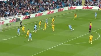 Máshol csatár nem lő akkora gólt, mint a Cityben a védő