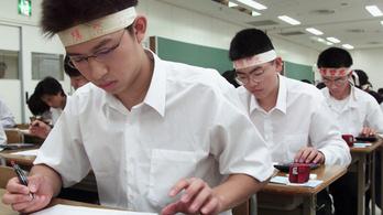 Átmenne az érettségin Japánban vagy Kazahsztánban?