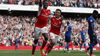 Történelmi győzelmet szerzett Wenger Mourinho ellen