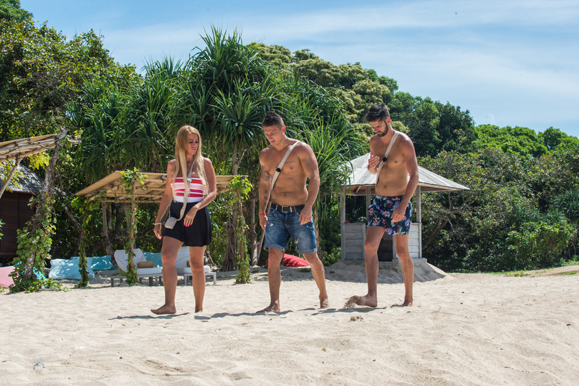 Andi, Geri és Milán a tengerparton várta az új ex érkezését.