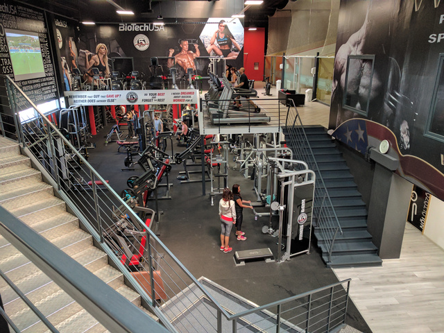 Fitness 5 Pólus: új borítást kapott az edzőterem.