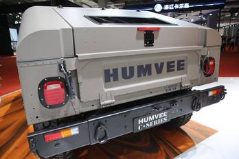 Újra gyártják az ős-Hummert