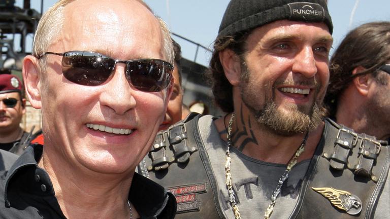 Putyin zord motorosai