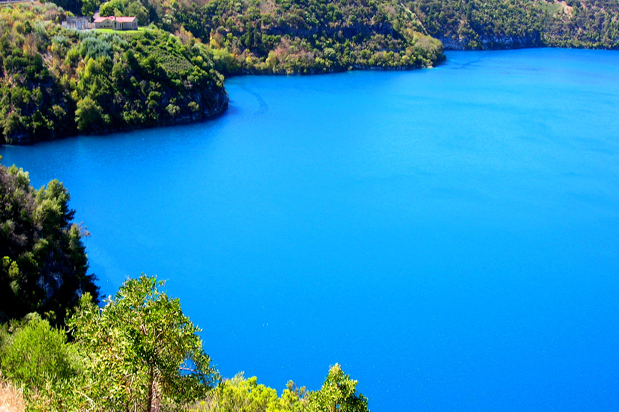blue lake ausztralia