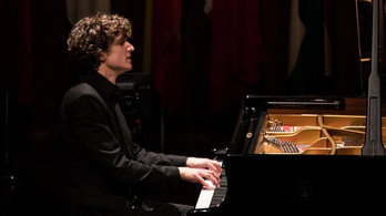 Fejérvári Bach-concertóval melegített Montréalban