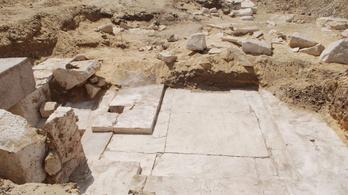 Feltárták egy nemrég felfedezett piramis sírkamráját