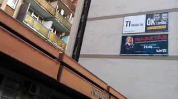 Lebutítja a plakáttörvényt a Fidesz, hogy ne kelljen kétharmad