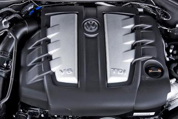 Újabb dollármilliárdokba kerülnek a V6-os dízelek a VW-nek