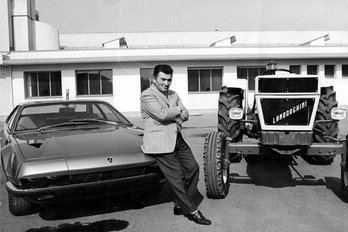 Ferruccio Lamborghini szerepében: Antonio Banderas