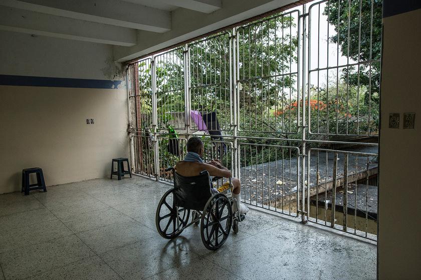 A gazdasági válság az egészségügyre is komoly csapásokat mért: a kórházaknak szinte semmire nincs pénzük, a felszerelés- és a gyógyszerhiány mindennapos. Fotó: Meredith Kohut