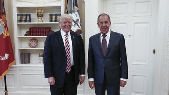 Trumpnak sikerült elérnie, hogy a teljes amerikai média kénytelen legyen az orosz propagandához fordulni