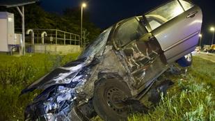 Karambol: ketten megsérültek a 6-os úton az éjjel