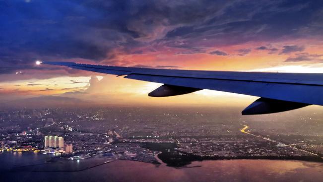 Nem csak haladóknak: ez a honlap megmutatja, mikor repül majd világosban vagy sötétben a gépe