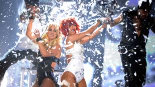Amikor még Britney Spears Rihannával tolta - A Billboard Music Awards ikonikus pillanatai