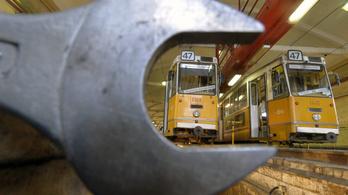 Vaterán árulja a régi villamosokat a BKV