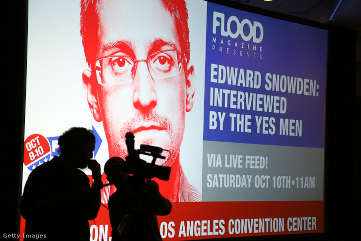 Snowden-interjú reklámja Los Angelesben