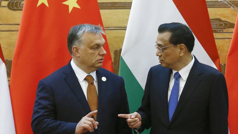 Kína miniszterelnöke az újpalotai Neptun utcába látogat