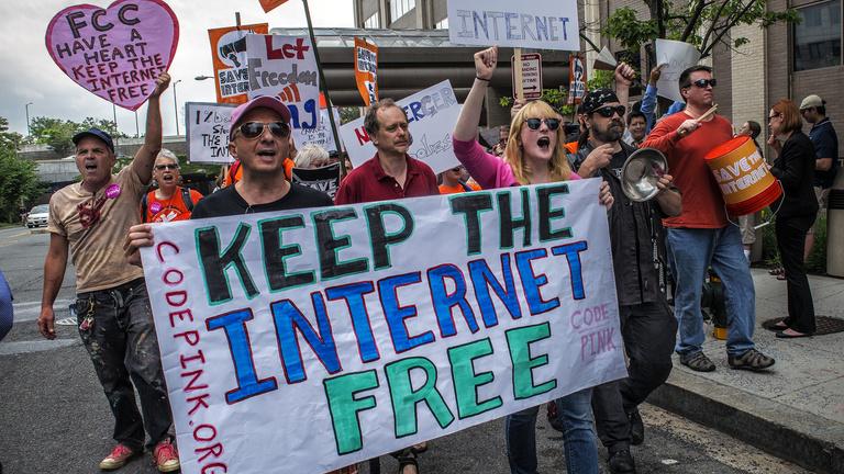Trump háborút indított a szabad internet ellen