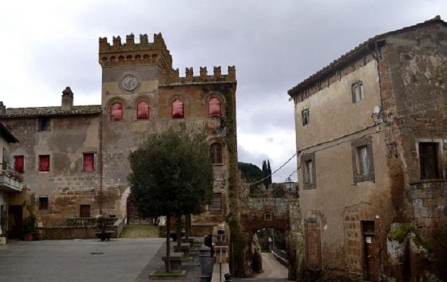 Az egyik eladó kastély