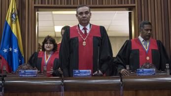 Kitiltották az USA-ból a venezuelai legfelsőbb bíróság tagjait