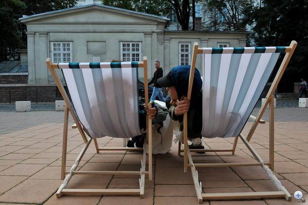 Az Új irány csoport piknikelt a Pollack Mihály téren