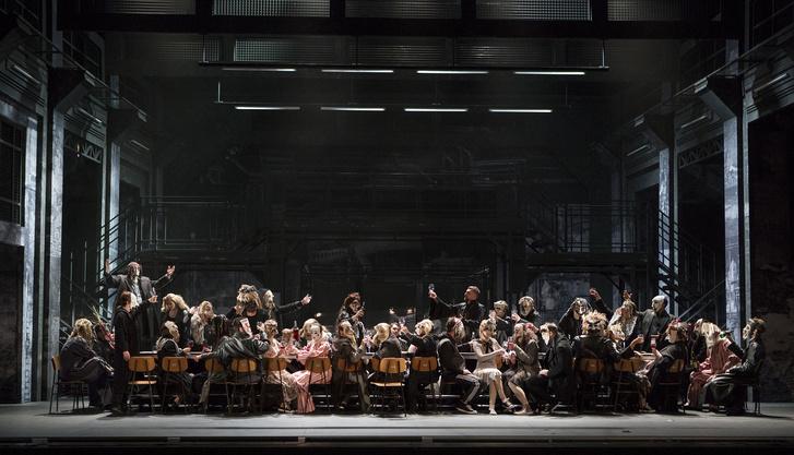 A Kisvárosi Lady Macbeth színpadképe Mariborban