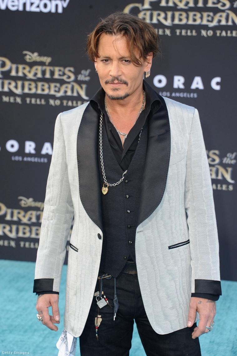 Johnny Depp A Karib-tenger kalózai: Salazar bosszúja premierjén