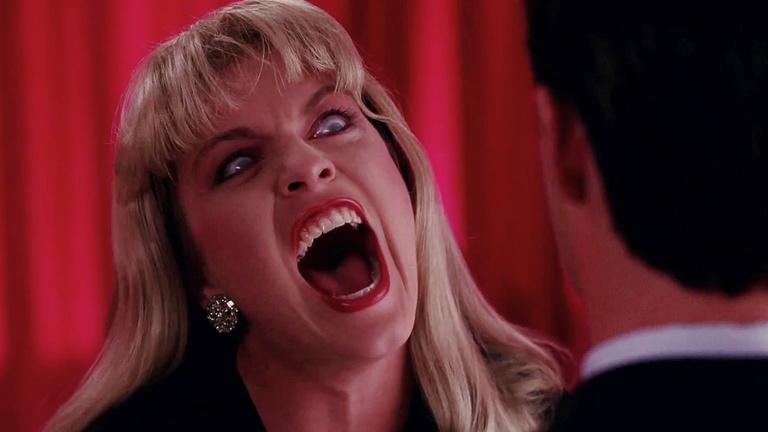 Laura Palmer sikít, közben próbálj gondolkozni, sok sikert!