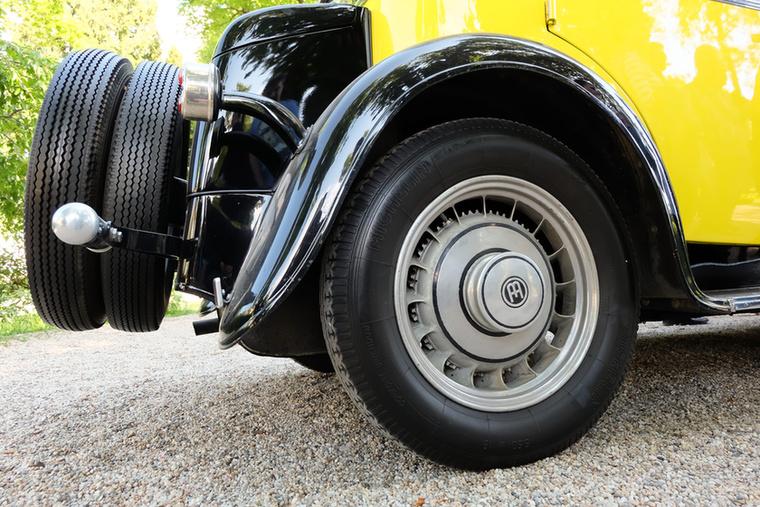 A Bugattik elsőként használt utcai autóin alukerekeket