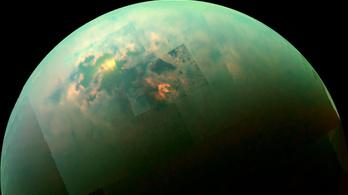 Rejtélyes módon alakult ki a Titán felszíne