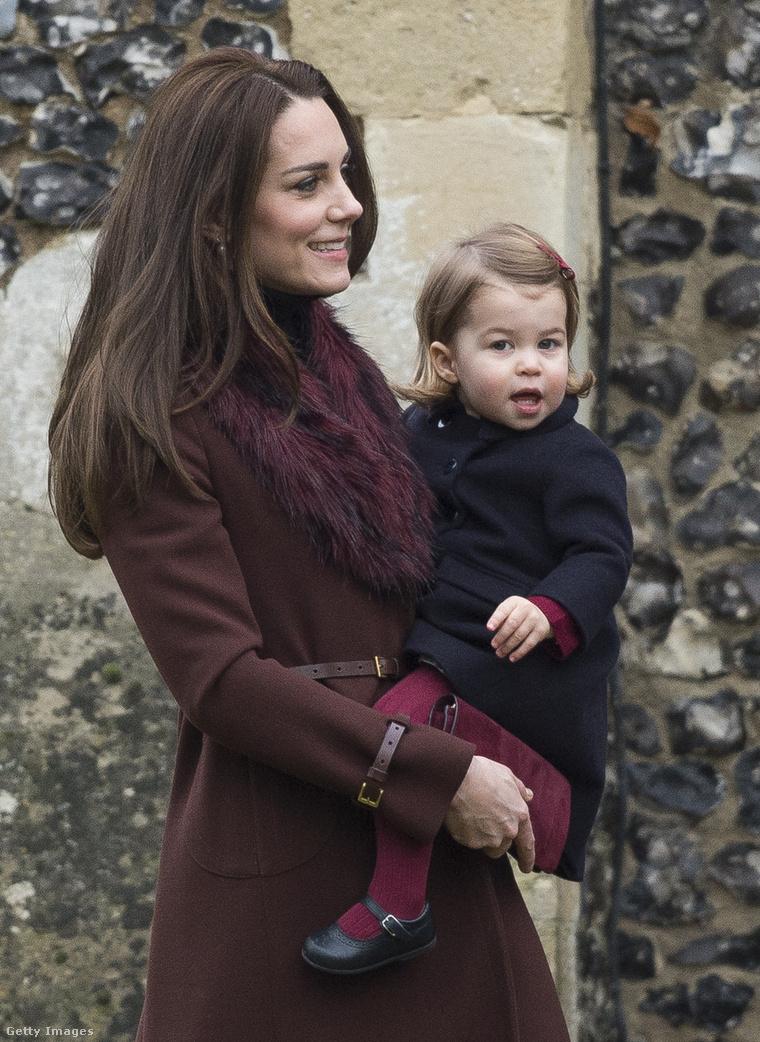 Sarolta hercegnő lesz a koszorúslány, Katalin hercegné a háttérbe vonul majd.