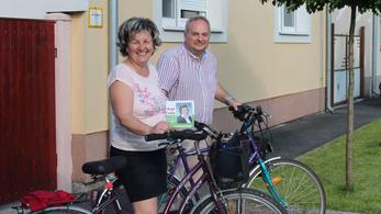 Civillel akarják megszorongatni a Fideszt