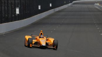 Alonso a második sor közepéről rajtol az Indy 500-on